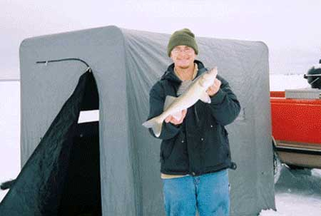 Paul 39 s fishing guide photos for Ice fishing iowa